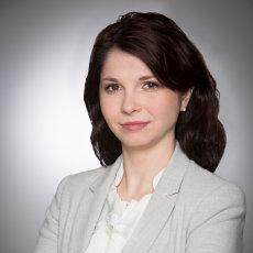 9V8A1468 Alina Solschi